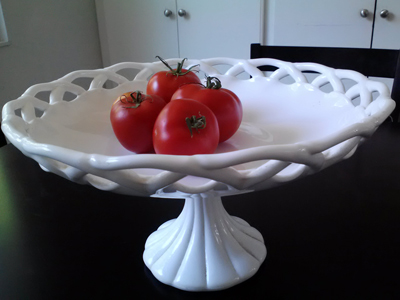 milk glass antique retro pedestal bowl